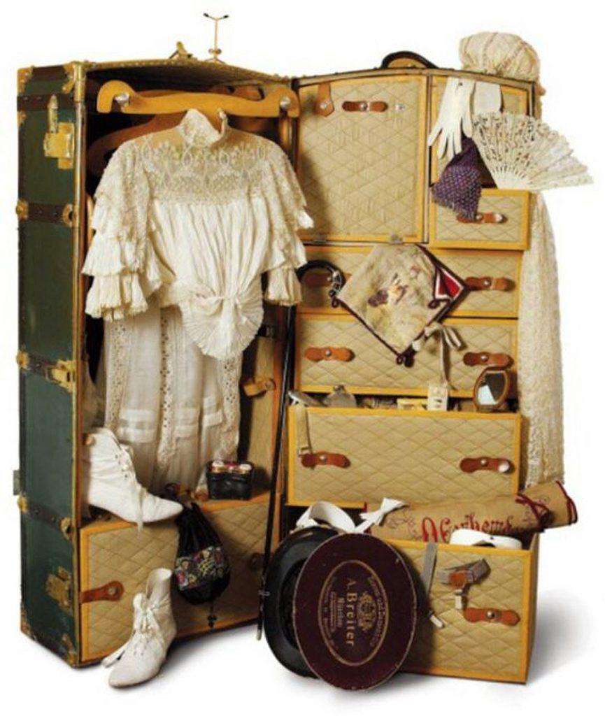куфер з речами